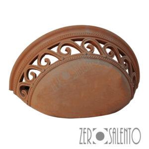 Lampada applique a parete traforata da muro in Terracotta SalentoTERIL01 by ZeroSalento