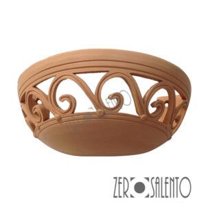Lampada applique a mezzaluna traforata in terracotta a parete Teril07 by ZeroSalento