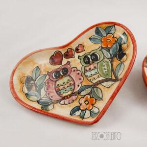sottotazza porta cioccalatini cuore ceramica civetta bordo rosso -01
