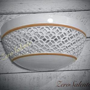 lampada-applique-a-parete-in-terracotta-intagliata-a-mano-con-bordo-naturale-teril30-by-zero-salento
