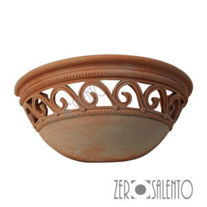 Lampada applique a parete traforata da muro in Terracotta SalentoTERIL01 - by ZeroSalento