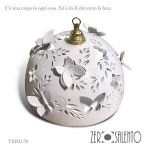 Lampadario in terracotta intagliato a mano Bianco con Farfalle cm40 by ZeroSalento